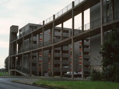 View of 7-storey crescent block on Hulme development, Stage 5