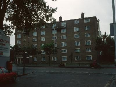 View of Langdon Court from corner of Hall Street and City Road