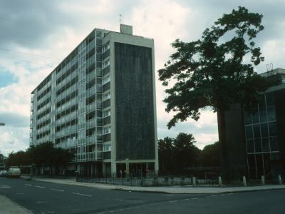 View of Newport House from junction of Arbery Road and Strathan Road