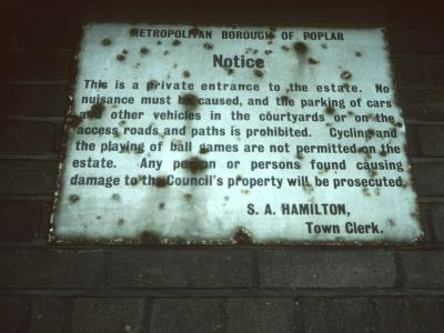 Notice at teviot Street area