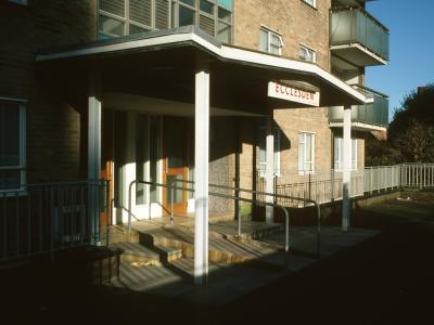 Entrance to Ecclesden